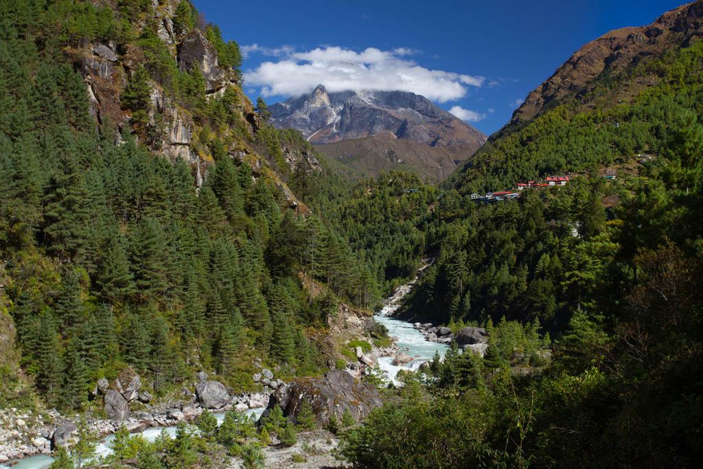 Trek To Gokyo Lakes And Everest View Trek Step Into